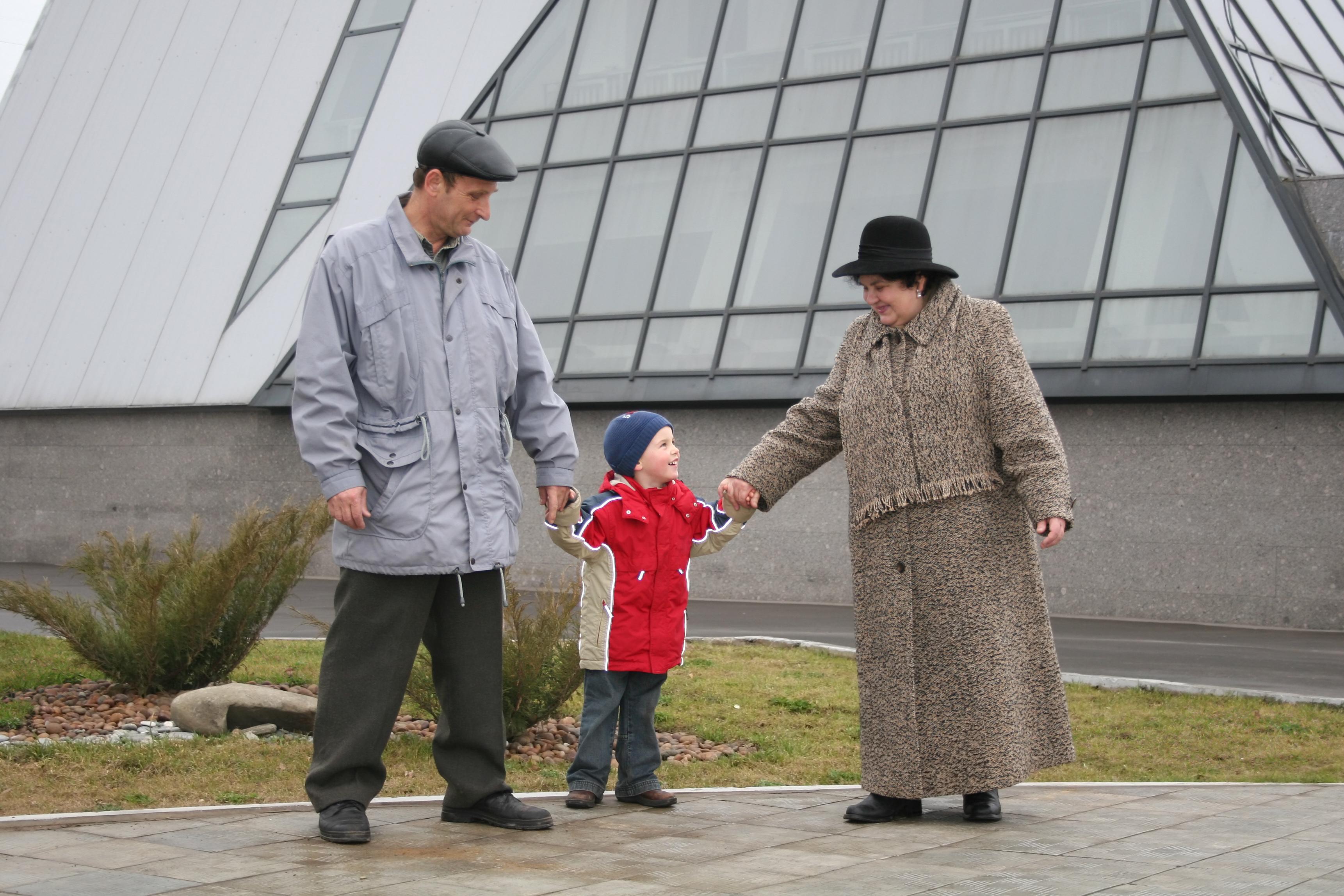 Сек статьи о дедушке и внучке 4 фотография